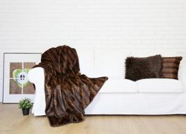 Decorative Faux Fur Set, Bedspread ROMANTIC BRUNETTE
