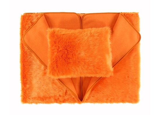 Decorative faux fur bedspread MANDARA