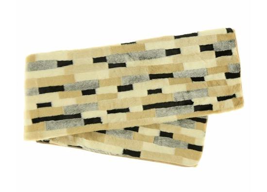 Komplet dekoracyjny futrzana narzuta EGIPSKA PIĘKNOŚĆ i dwie poduszki EGIPSKA PIĘKNOŚĆ